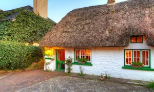 Traditional Irish Cottage_500